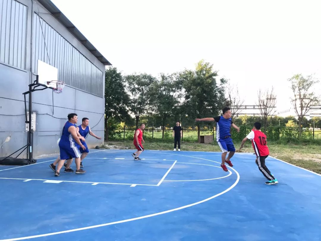 """热烈祝贺腾龙数据首届""""腾龙杯""""篮球赛圆满成功!"""